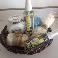 Linda canasta de #spa con #jabon artesanal que puedes regalar a una tía, hermana o amiga para su cuidado y descanso.