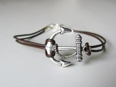 Leather anchor bracelet, great unisex accessory.  This bracelet is sized for both men and women.