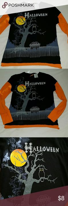 Halloween  size 12/14 long sleeve t.shirt We're  in Texas and the temperature  here is 78 to 85 every day during  fall so my Dauther will no use this here. Perfect  for school. I will shipping  this at the same day that you buy so is there before Halloween. happy Halloween  Costumes Halloween