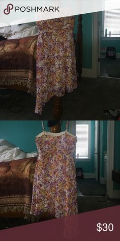 Floral Dress True Size 5 Dress, worn once to a wedding. Please ask any questions, the pictures do not give the Dress justice! A. BYER Dresses Wedding