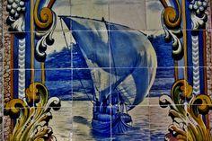Barco Rabelo,utilizado para transportar o vinho do porto.