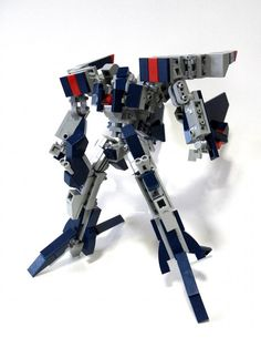 Izzo. Transformable Lego mech.
