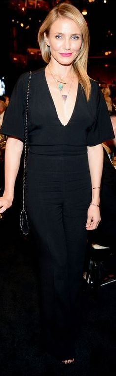 Who made  Cameron Diaz�s jewelry, shoes, black jumpsuit, and chain handbag that she wore in Hollywood on June 5, 2014