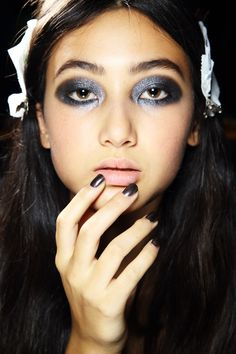 Gunmetal nails #AliceMcCall SS 2015 || 8 best nail trends summer 2015: http://sonailicious.com/8-best-nail-trends-spring-summer-2015-mbfwa/metallic nails Alice McCall MBFWA 2015