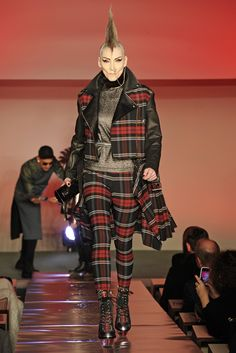 Jean Paul Gaultier RTW Fall 2014 - Slideshow - Runway, Fashion Week, Fashion Shows, Reviews and Fashion Images - WWD.com