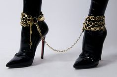 ffffound! vex clothing >> combining custom latex rubber haute couture fetish fashion for men and women