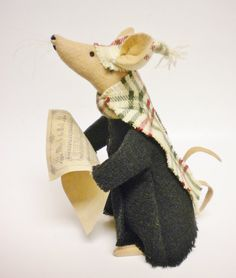 Hey, I found this really awesome Etsy listing at https://www.etsy.com/listing/465116765/caroling-mouse-made-to-order-primitive