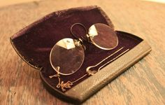 Rare Antique Spectacles - Pince-Nez Spectacles - Pinch Nose Spectacles / Eyeglasses - 1820s-1900s