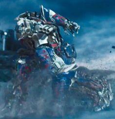"1,435 Likes, 5 Comments - Adam Glam 漫港湾 (@adam.glam) on Instagram: ""😎#transformers5 #tf5 #transformers #optimusprime"""