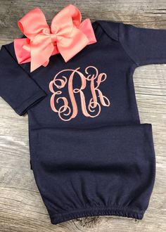 Chic Sunflower Boutique - Personalized Infant Gown with Bow Headband ***My turnaround is 3 weeks + Shipping. I ship USPS 1st Class (3-5 days). After you make a purchase, please look at your invoice in the shipping section, there you will see your estimated scheduled shipping date. Thank you!*** Welcome! This is a custom listing for a personalized long sleeve gown and Bow Headband *Gown Long Sleeve 100% cotton 0-3 months ***ONLY the White gown and Baby Pink gown have ruffles on the bottom*...