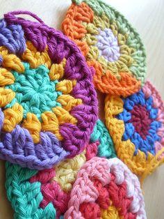 little crochet circles