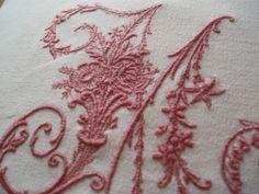 Vintage francese Metis lino ricamato di BurgundyDelights su Etsy