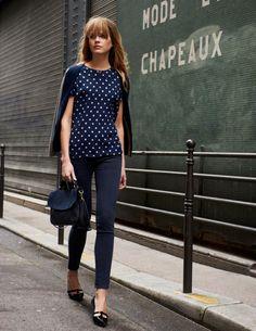 skinny jeans and polka dot top