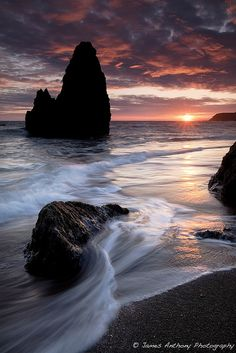 Rodeo beach / Marin Headlands, North San Francisco Bay, California | James Anthony - Flickr - Photo Sharing!