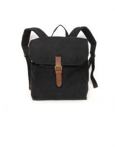 d9653f737 42 melhores imagens da pasta Mochilas de couro   Backpacks, Leather ...