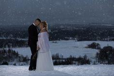 #weddingphotography #weddingphotographer #weddingportait #weddinginsipiration #wedding #photography #häävalokuvaajasuomi #häävalokuvaaja #häävalokuvaus #valokuvaajajyväskylä #hääkuvausjyväskylä #hääkuvaus #hääkuvaaja #valokuvaaja #valokuvaus #hääpuku #hääkampaus #hääkimppu #hääkuva #häissä #hääpotretti #potrettikuvaus #hääkuvaajat #häät #naimisiin #häät2019 #häät2020 #godox #sigma #canon #jyväskylä #äänekoski #muurame #suolahti #laukaa #tampere #helsinki #kuopio #keskisuomi #kuvamiehet Helsinki, Canon, Wedding Photography, Couple Photos, Couples, Outdoor, Couple Shots, Outdoors, Cannon