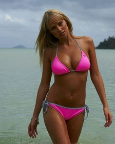 100 Reasons Why Genevieve Morton Got Shafted By SI Swimsuit South Africa | The Roosevelts