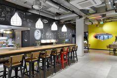 Maggi Kochstudio by Seel Bobsin Partner, Frankfurt – Germany Frankfurt Germany, Design Furniture, Restaurant Design, Stores, Lighting Design, Track Lighting, Ceiling Lights, Retail Design, Table