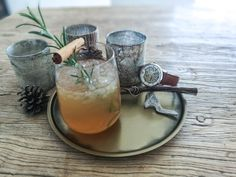 Ingredients: 1 shot Triple Sec, 2 shots Tequila, 4 cups Pear Juice, 1 tbsp Honey, 1 Rosemary Sprig Triple Sec, Thirsty Thursday, Mechanical Watch, Moscow Mule Mugs, Tequila, Margarita, Pear, Watches For Men, Juice
