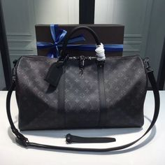 The BEST Louis Vuitton KEEPALL 55 Counter Quality Replica Available Online! Experience the Designer Discreet difference by shopping with us today Louis Vuitton Keepall 55, Louis Vuitton Artsy, Louis Vuitton Duffle Bag, Louis Vuitton Handbags, Purses And Handbags, Leather Handbags, Sacs Design, Louis Vuitton Collection, Toms Shoes Outlet