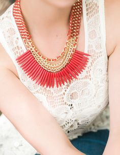 Gorgeous coral and gold necklace.