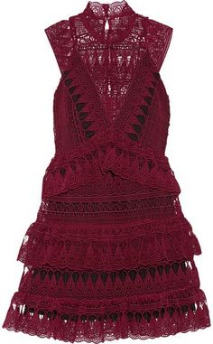 Loving this romantic lace dress.