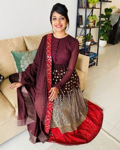 Anarkali Frock, Black Anarkali, Salwar Kurta, Anarkali Suits, Punjabi Suits, Modest Fashion Hijab, Fashion Dresses, Indian Dresses, Indian Outfits