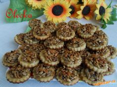 Sušenky Slunečnice | Mimibazar.cz Stuffed Mushrooms, Cookies, Vegetables, Desserts, Food, Biscuits, Meal, Deserts, Essen