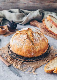 Knead Bread Recipe, No Knead Bread, Easy Bread Recipes, Sweet Recipes, Dutch Oven Bread, Artisan Bread, Vegan Foods, How To Make Bread, Bread Baking