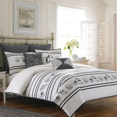 247 best coastal bedrooms ideas images in 2019 bedroom themes rh pinterest com