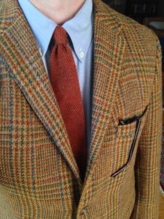 Vintage 3/2 Diplomat Harris Tweed jacket, Brooks Brothers OCBD, vintage Rooster 'Heathernit' mohair/wool tie.