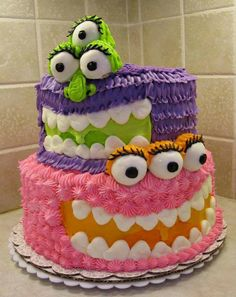 Cake Wrecks: Inspiration for Aiden's birthday Pretty Cakes, Cute Cakes, Beautiful Cakes, Amazing Cakes, Yummy Cakes, Crazy Cakes, Fancy Cakes, Pasteles Halloween, Bolo Halloween