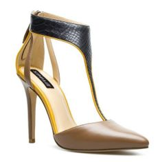 Scout T Strap Pointed Toe Heel Colorblocked