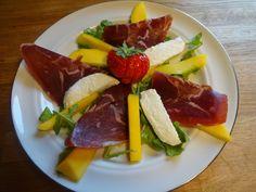 Edel's Mat & Vin : Salat med fenalår, mozzarella, mango og basilikumv...