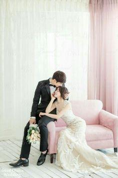 50+ Beautiful Bride & Groom Poses Ideas