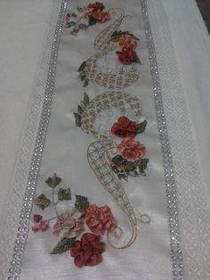 This Pin was discovered by ayl Silk Ribbon Embroidery, Embroidery Patterns, Hand Embroidery, Brother Innovis, Creative Embroidery, Ribbon Art, Bargello, Fabric Crafts, Decoration