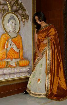 Gold Mangalagiri pallu with Net pleats Blouse: Unstitched Gold Rawsilk Code:MA4 Price:9000INR