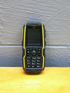 Sonim-IP-68-Black-Torch-2-MP-Ultra-Rugged-Cell-Phone