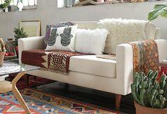 ¡Atrévete a renovar tus espacios con el #estilo #Boho! #Sillón #Living #DecoBazar Bohemian Style, Sofas, Love Seat, Couch, Estilo Boho, Furniture, Home Decor, Bazaars, Couches