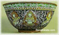 Image from http://www.thaitambon.com/thailand/Bangkok/100101/MuseumBangkok512A.jpg.