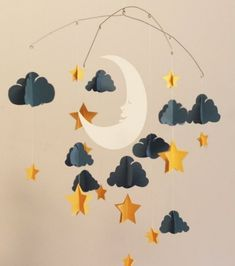 Ideas Baby Diy Mobile Paper Clouds For 2019 Diy Paper, Paper Art, Paper Crafts, Diy For Kids, Crafts For Kids, Paper Mobile, Origami Mobile, Star Mobile, Mobile Mobile