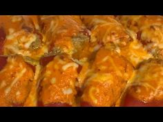 Pimientos Rellenos de Carne en Monsieur Cuisine o Thermomix - YouTube Carne Picada, Chicken, Meat, Connect, Youtube, Food, Grated Cheese, Tomato Sauce, Cooking Recipes