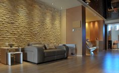 Wall cladding with syrian natural stone, scaprifan