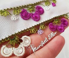 Crochet Flowers, Crochet Lace, Arts And Crafts Projects, Diy And Crafts, Saree Tassels, Needle Lace, Bargello, Eminem, Tatting