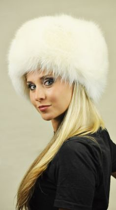 Cappello in volpe bianca naturale. http://www.amifur.com