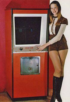 Classic Arcade Games: Sex Sells But Who's Buying? Vintage Videos, Vintage Video Games, Vintage Games, Retro Games, Pc Photo, Retro Arcade, Electronics Gadgets, Retro Futurism, Geek Culture