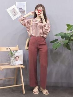60 Ideas for fashion korean dress clothes Korean Girl Fashion, Korean Fashion Trends, Korean Street Fashion, Ulzzang Fashion, Korea Fashion, Japanese Fashion, Asian Fashion, Daily Fashion, Look Fashion