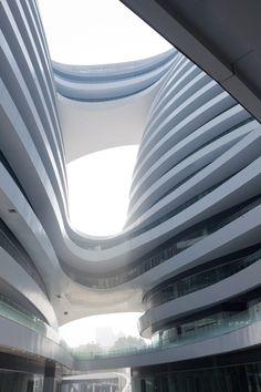 Galaxy Soho / Zaha Hadid Architects Galaxy Soho / Zaha Hadid Architects - © Iwan Baan