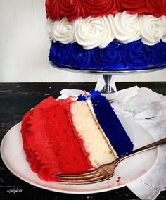 patriotic-rose-cake-tutorial