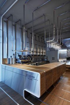 JETLAG bar tetería y vinoteca por Mimosa architekti. Fotografía © Jakub Skokan y Martin Tůma - BoysPlayNice